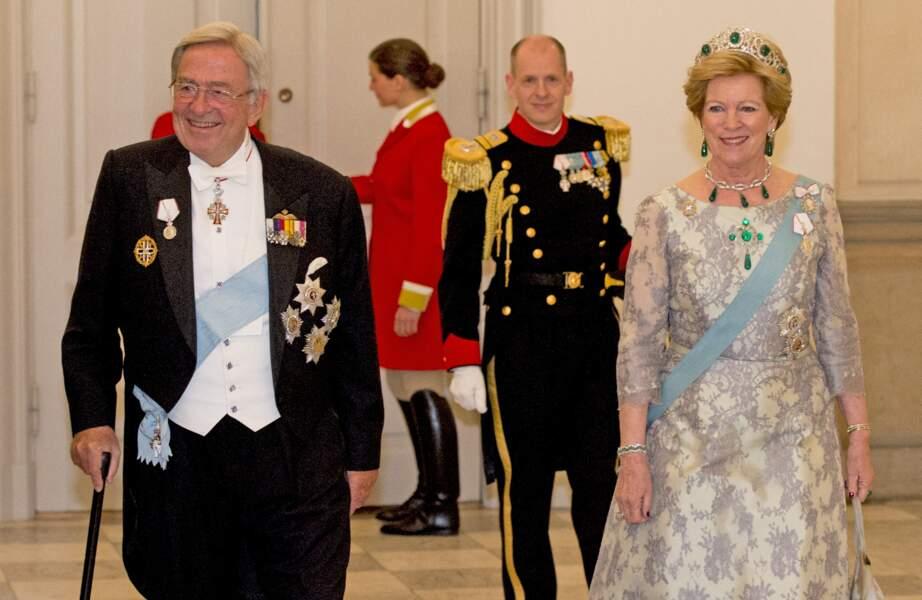 Le roi Constantin de Grèce et la reine Anne-Marie lors d'un dîner au Palais de Christiansborg, à Copenhague, le 15 avril 2015.