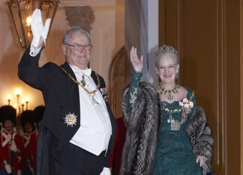 Le prince Henrik et la reine Margrethe II de Danemark à un dîner de gala à Amalienborg à Copenhague, le 1er janvier 2015.