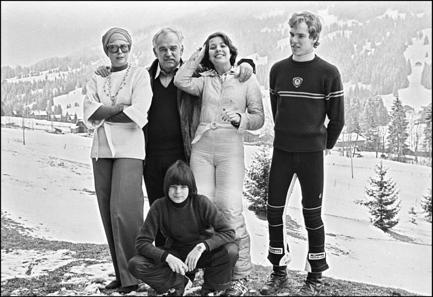 Grace de Monaco avec son époux et leurs trois enfants à Gstaad, en Suisse.