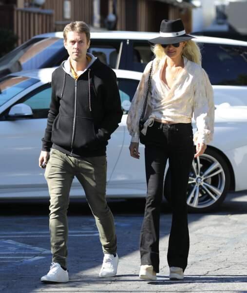 Laeticia Hallyday et son frère Grégory Boudou, à Los Angeles, en mars 2019