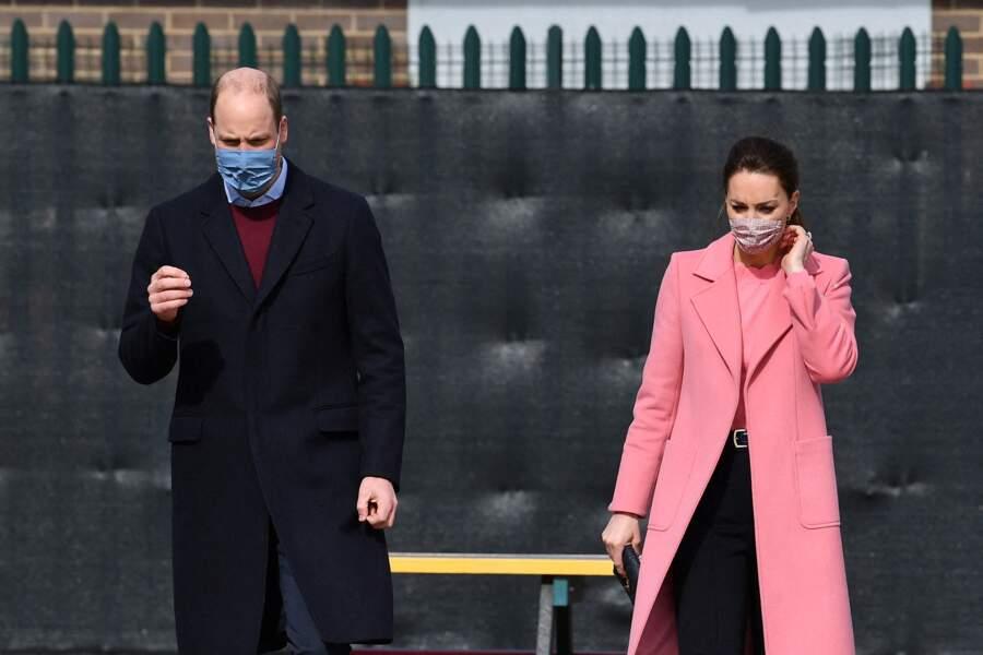 """Kate et William se sont rendus à  l'école """"School 21"""" de Londres, le 11 mars 2021. Ils ont échangé avec des enseignants."""