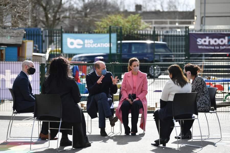 """Les Cambridge visitent l'école """"School 21"""" à Londres, le 11 mars 2021."""