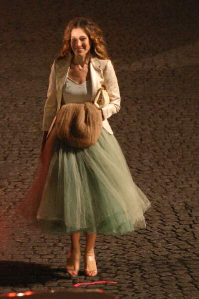 Carrie Bradshaw (alias Sarah Jessica Parker dans Sex and The City) a marqué les esprits avec ses jupons à volants.