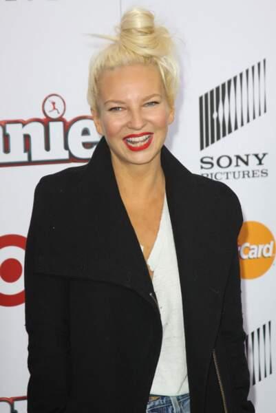 """Sia à la première de """"Annie'"""" à New York, le 7 décembre 2014."""