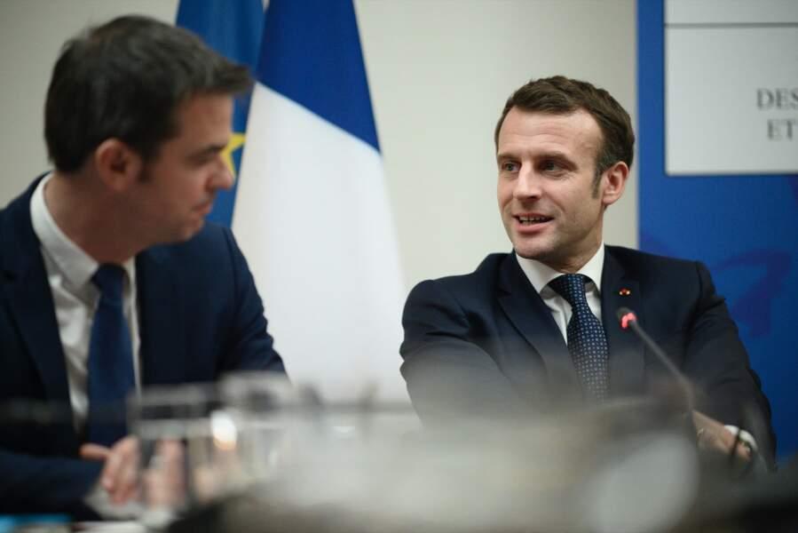 Olivier Véran et Emmanuel Macron à Paris le 3 mars 2020