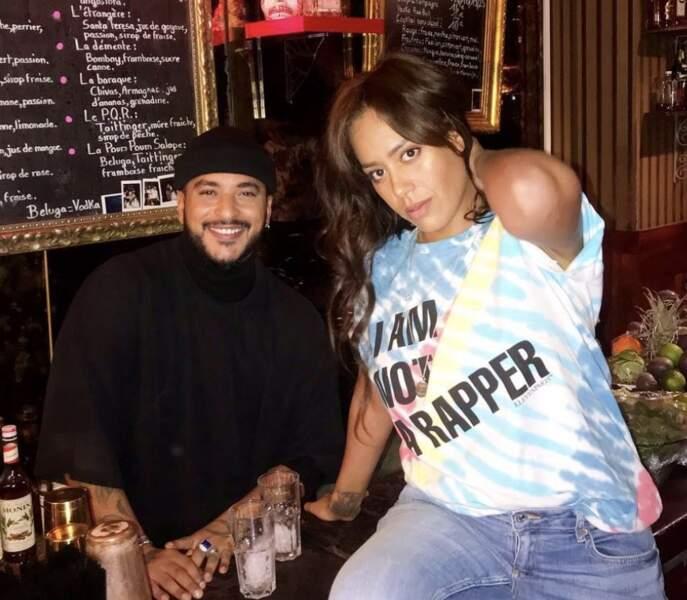 Amel Bent et Slimane dans un bar, le 5 avril 2019