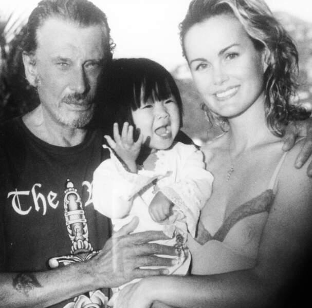 Laeticia et Johnny avec la petite Jade. Photo postée en juin 2016