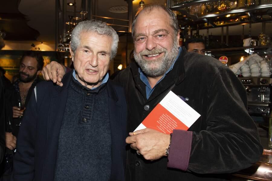 """Claude Lelouch et Éric Dupond-Moretti, lors du lancement du livre """"A l'amour, à la vie"""" de Catherine Ceylac, au Café Tournon, à Paris, le 23 octobre 2019."""