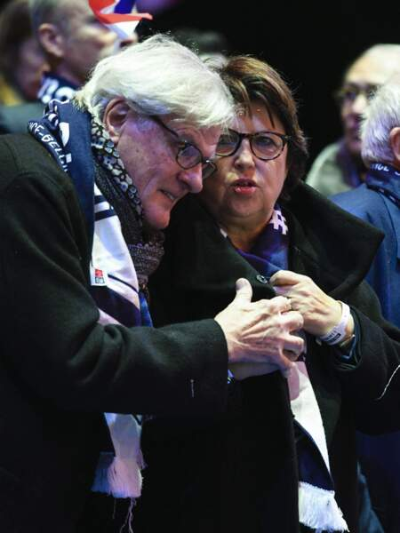 Jean-Louis Brochen et sa femme Martine Aubry lors du 3eme match de la Finale de la coupe Davis en double au Stade Pierre Mauroy à Lille , le 25 novembre 2017