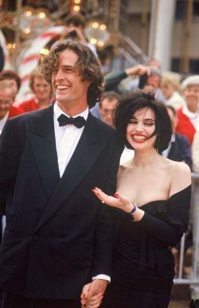 Beatrice Dalle et Rupert Everett, à Cannes en 1988