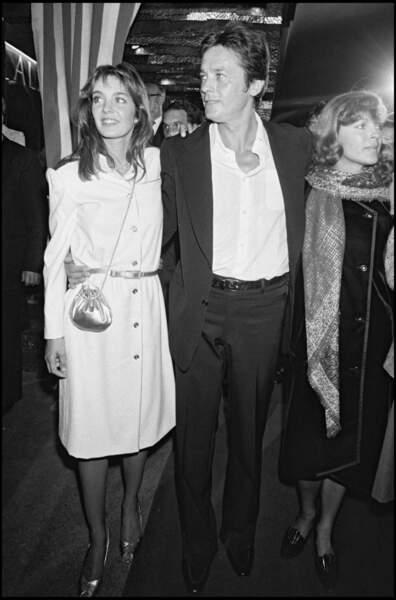 Anne Parillaud et Alain Delon, en septembre 1981 aux côtés de Romy Schneider