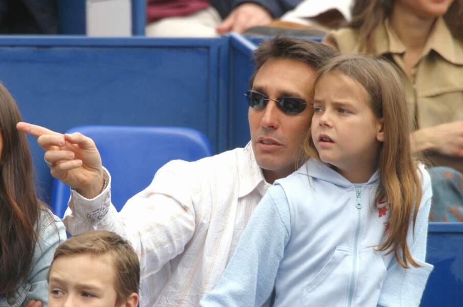 Pauline Ducruet, avec son père Daniel Ducruet, lors du tournoi de tennis de Monte-Carlo, en 2003.