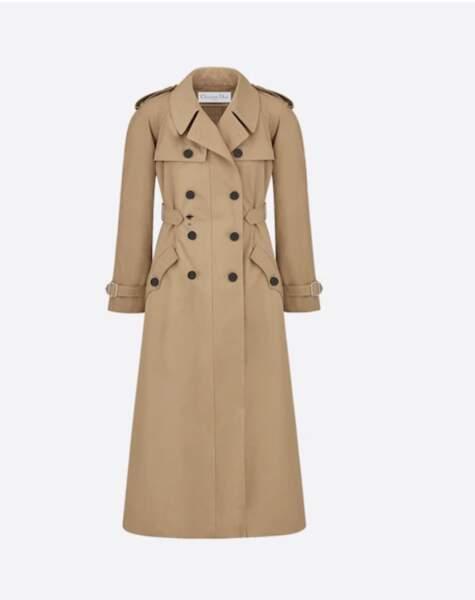 Trench en gabardine, 3600 € Christian Dior.