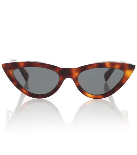 Lunettes de soleil oeil-de-chat, 290€, Celine eyewear sur mytheresa