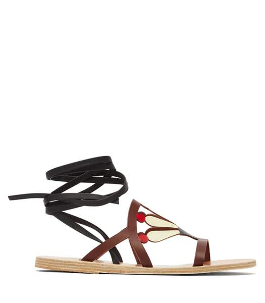 """Sandales en cuir à découpes """"Lilly"""", Ancient Greek Sandals sur Matchesfashion, 215 euros."""
