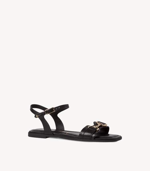 Sandales en cuir noir, Tamaris, 59,95 euros.