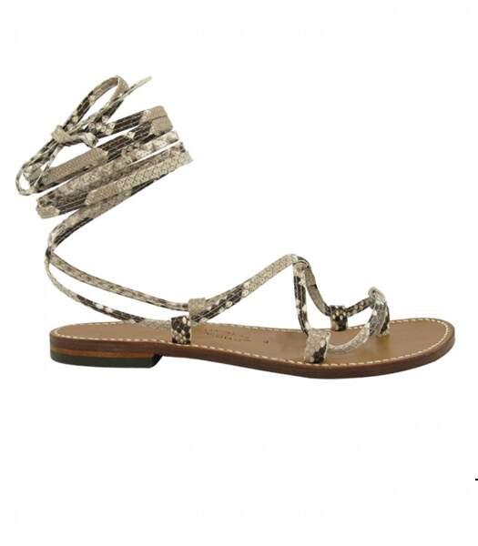 """Sandales plates en python """"Bikini"""", Rondini, 230 euros."""