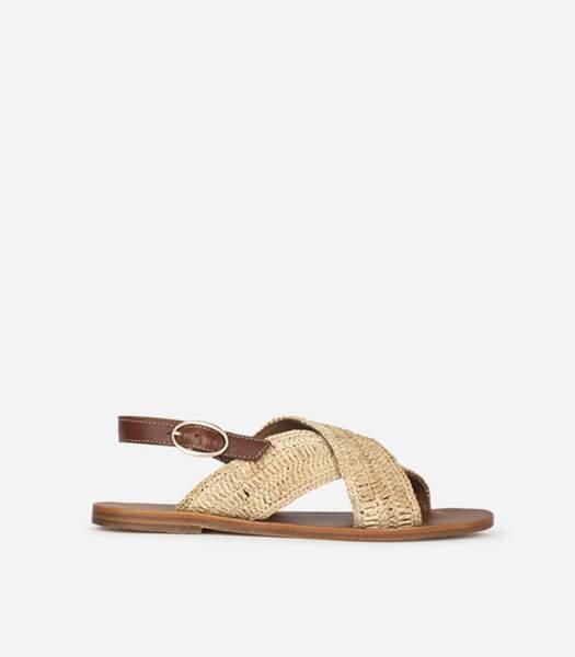 Sandales plates à franges, Vanessa Bruno, 255 euros.