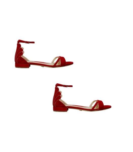 """Sandales en cuir rouge """"Sally Sue"""", Charles Jourdan, 405 euros."""