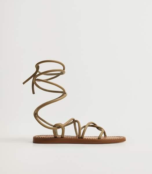 Sandales à lacets kaki, Mango, 49,99 euros.