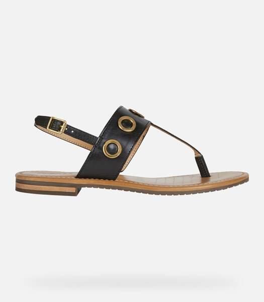 """Sandales en cuir noir """"Sozy"""", Geox, 75 euros."""