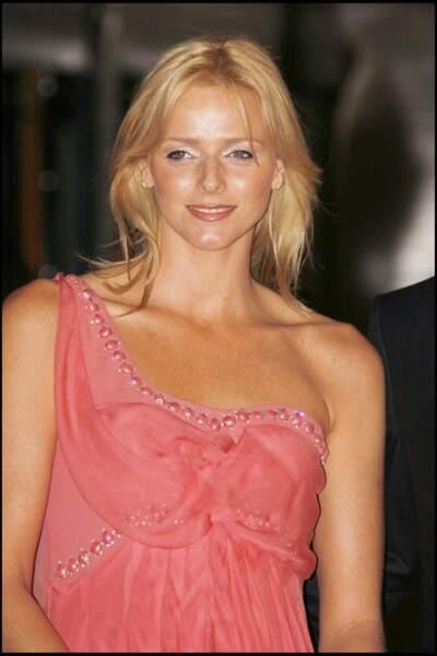 Charlene de Monaco les cheveux longs au début de sa love story avec le prince Albert.