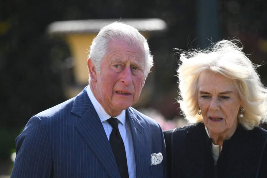 Eprouvés par le deuil, le prince Charles et son épouse Camilla devront faire face lors des obsèques du prince Philip qui se dérouleront au château de Windsor le 17 avril.