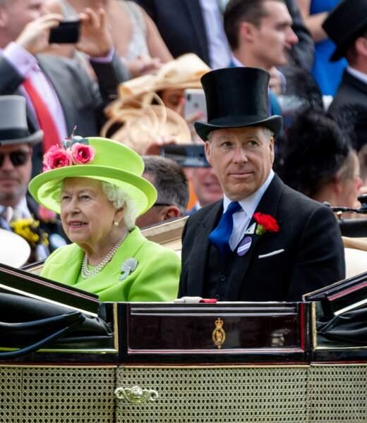 David Armstrong-Jones, avec Elizabeth II, à Ascot, le 22 juin 2018.