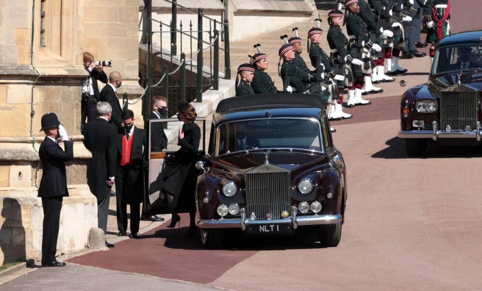Kate Middleton, duchesse de Cambridge, arrive seule aux obsèques du prince Philip