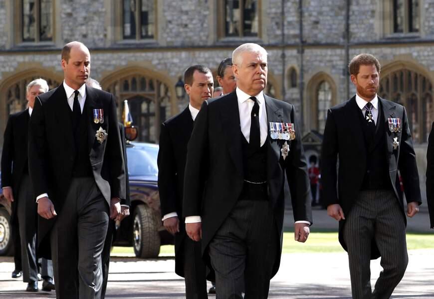 Le prince William, le prince Andrew, Peter Phillips et le prince Harry aux obsèques du prince Philip
