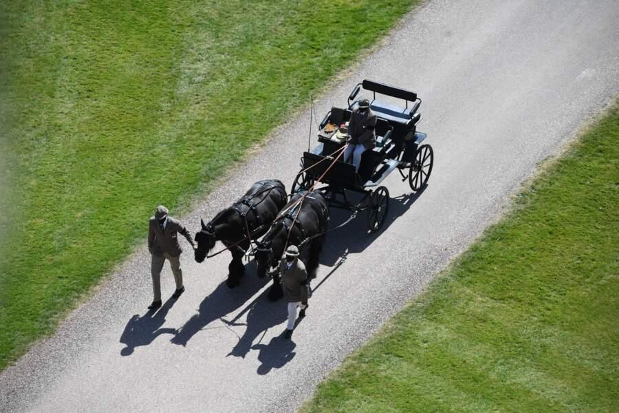 La calèche du prince Philip, et ses poneys Fell Balmoral Nevis et Notlaw Storm, en direction du château de Windsor