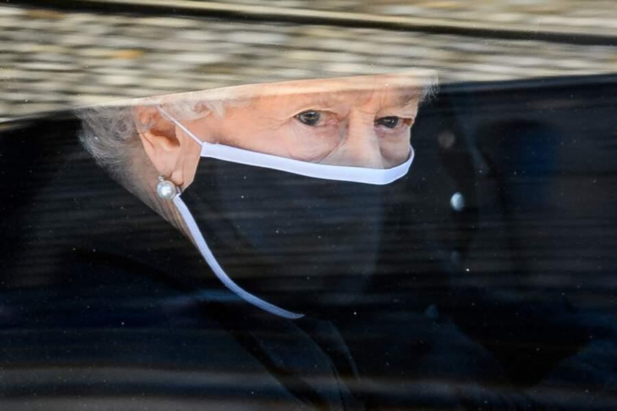 La reine Elizabeth arrive aux funérailles de son époux le prince Philip, le samedi 17 avril 2021.