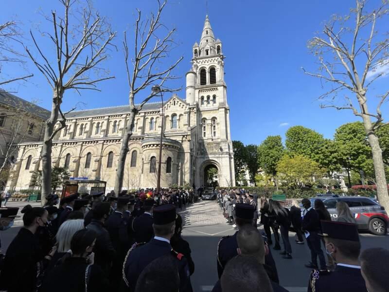 Nombre de pompiers s'étaient déplacés pour faire un dernier hommage à Andreas Laroche-Joubert, ce 19 avril 2021.