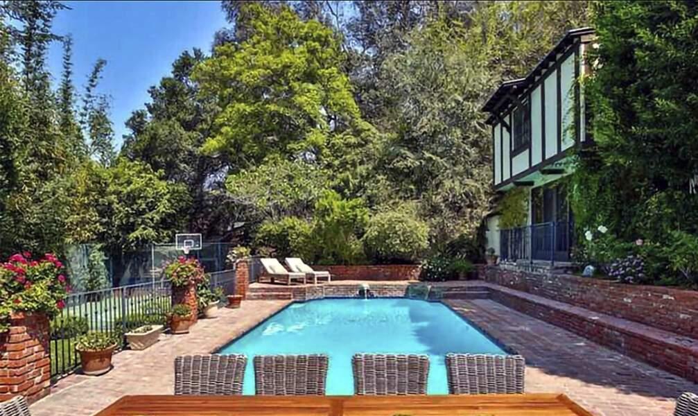 La nouvelle propriété de Rihanna se trouve dans le quartier chic de Beverly Hills