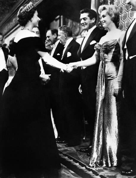 Elizabeth II et Marilyn Monroe