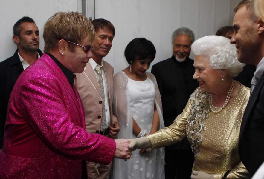 Elizabeth II et Elton John