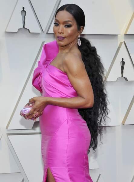 Angela Bassett et sa queue de cheval maxi longueur aux Oscars 2019
