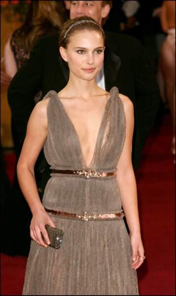 Natalie Portman et son bijou de tête, aux Oscars 2005