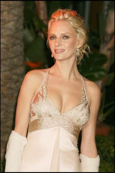 Uma Thurman et son chignon flou aux Oscars 2006