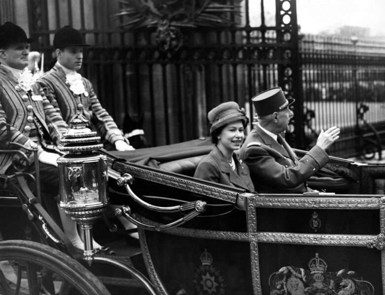 Elizabeth II et Charles de Gaulle