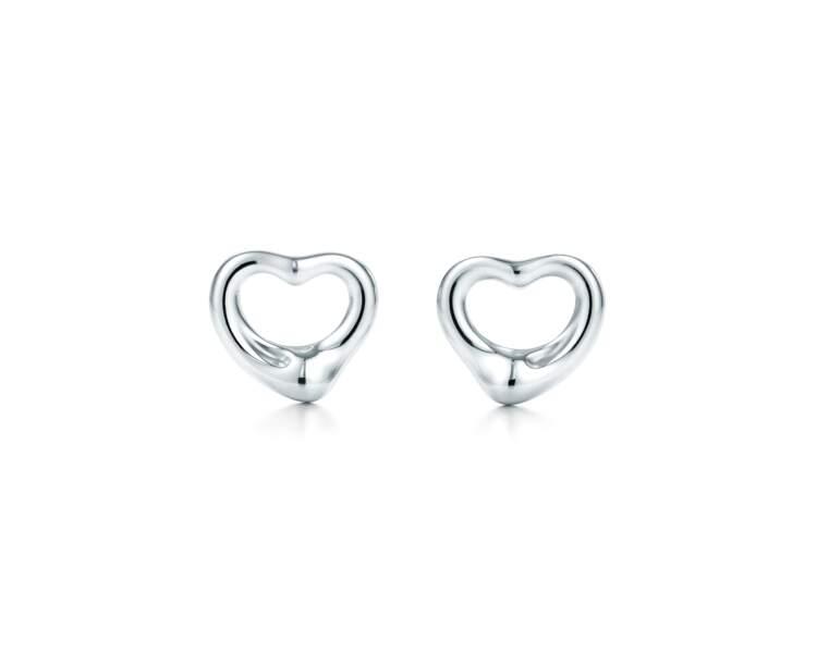 Boucles d'oreilles open heart earrings d'Elsa Peretti,  350€, Tiffany & Co