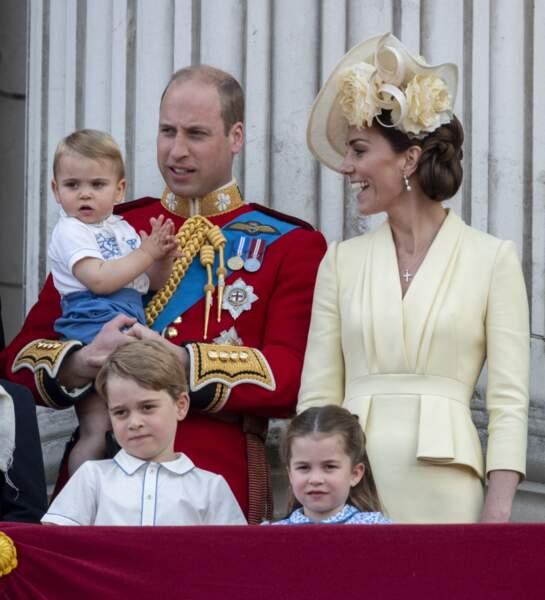 Le prince William, Kate Middleton Catherine et leurs enfants, George, Charlotte et Louis au palais de Buckingham, le 8 juin 2019.