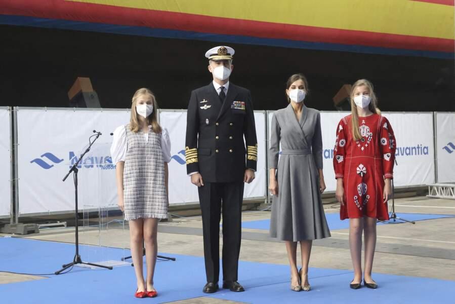 Le roi Felipe VI et sa famille au cours de l'événement de lancement du sous-marin Isaac Peral ce 22 avril