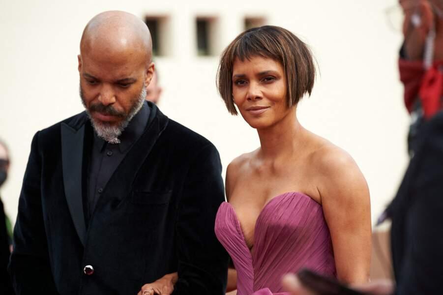 Halle Berry et son compagnon Van Hunt lors de la 93e cérémonie des Oscars à Los Angeles, le 25 avril 2021. Selon US Weekly, ils pourraient bientôt se marier.