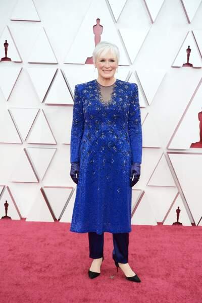 Glenn Close en tenue Armani Privé  lors de la 93e cérémonie des Oscars le 25 avril 2021.