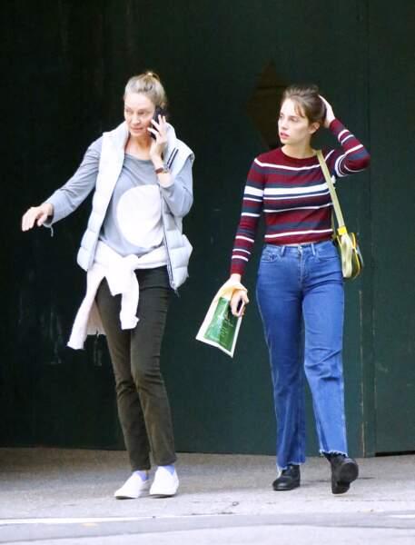 Uma Thurman et Maya Hawke se promènent à New York en octobre 2018