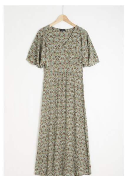 Robe, 120 € Caroll