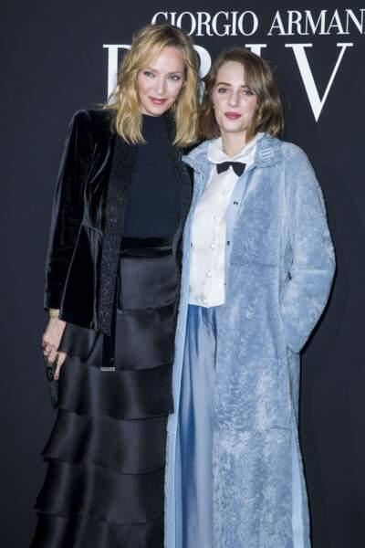 Uma Thurman et sa fille Maya Hawke au défilé Armani, à Paris, en janvier 2019