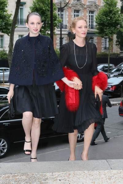 Uma Thurman et sa fille Maya Hawke, à Paris lors de la Fashion Week le 5 juillet 2014