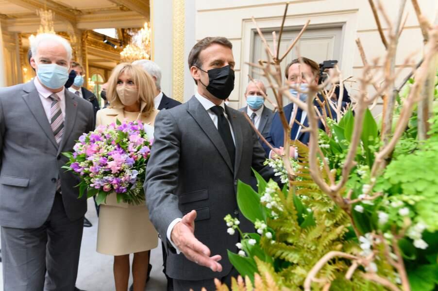 Brigitte Macron lors de la traditionnelle cérémonie de remise du muguet